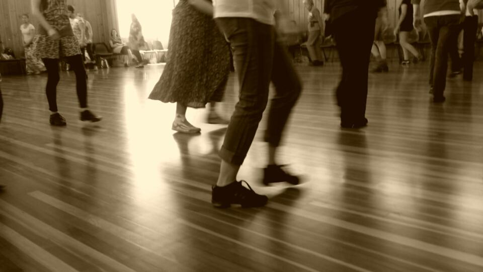 dance_feet